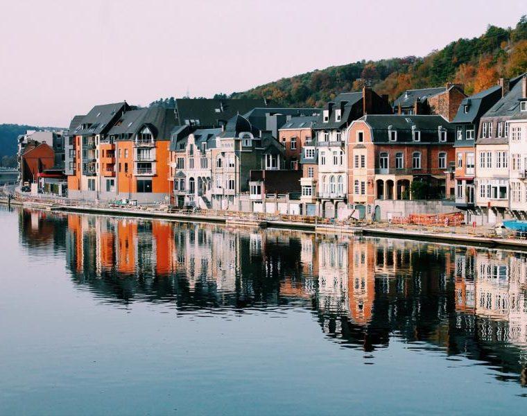Stadt Dinant, Belgien Rundreise