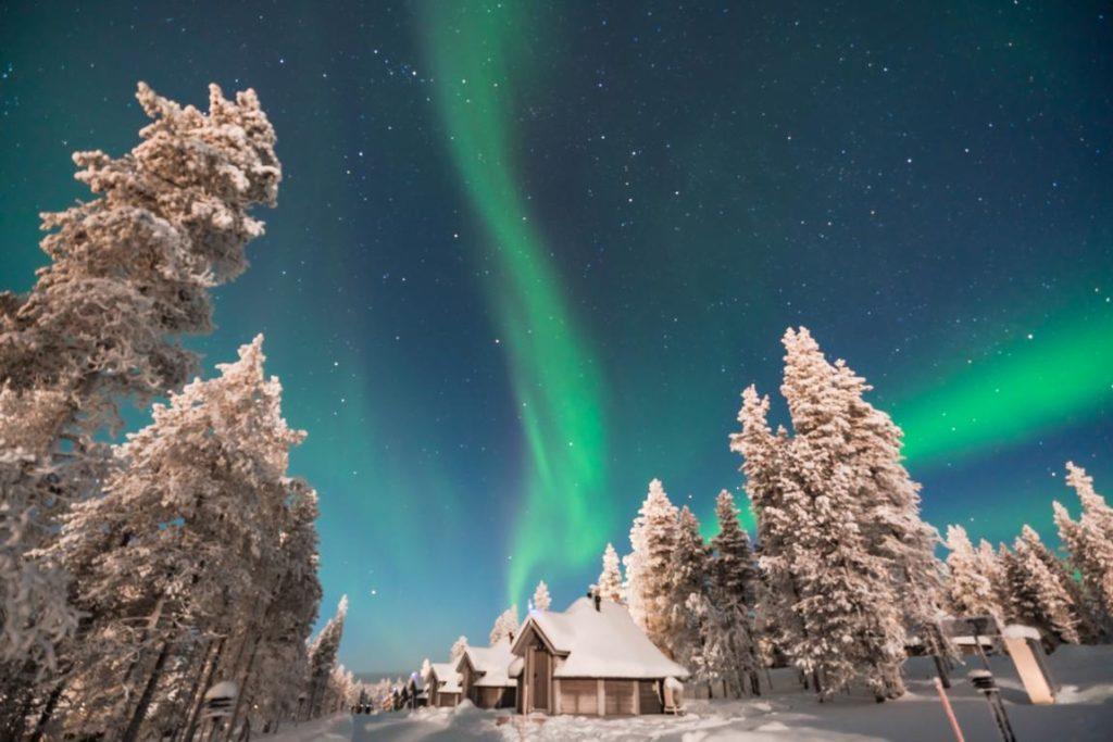Polarlichter, Northern Lights Village, Finnland, Hotels Stargazing