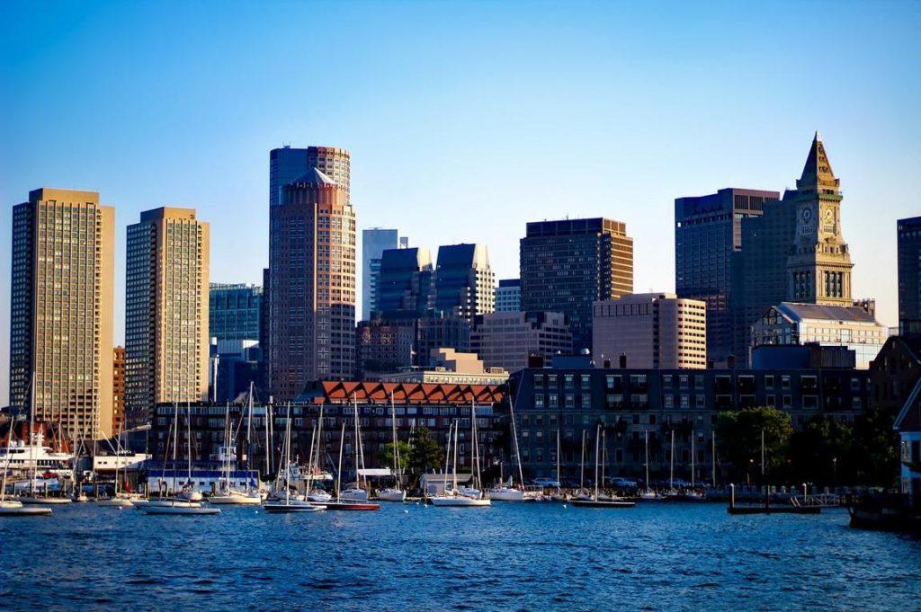 Skyline von Boston - Neue Flugverbindungen USA