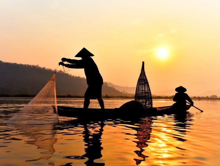 Fischer auf dem menkong