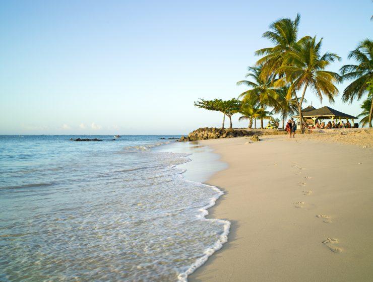 Pigeon Point, Fussspuren im Sand, Tobago